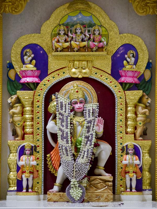 Baps Shri Swaminarayan Mandir Dhari Mandir Information