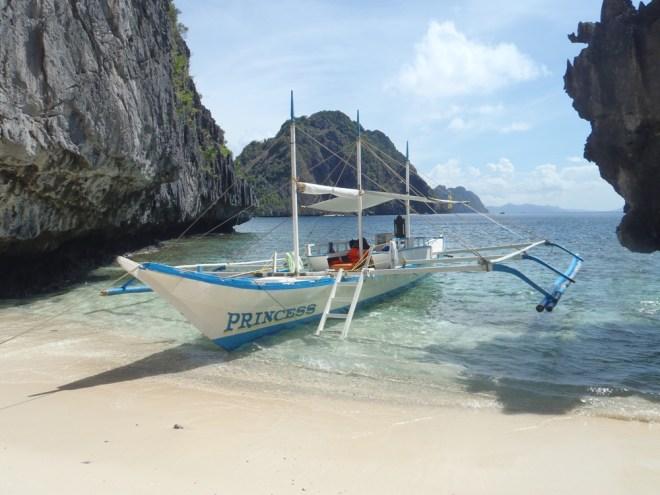 bateau pirogue des Philippines