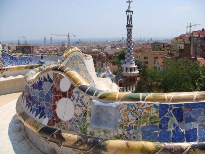 Le Parc Güell à Barcelone, dessiné par Antoni Gaudi