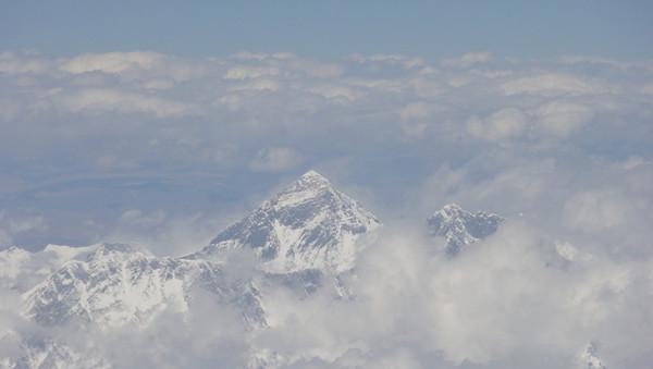 L'Everest vu de l'avion - blog Bar a Voyages