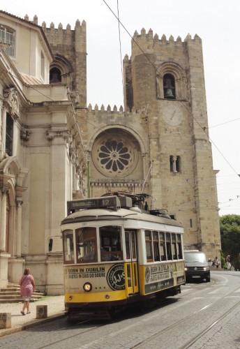 Cathe?drale Se Lisbonne - blog Bar a? Voyages