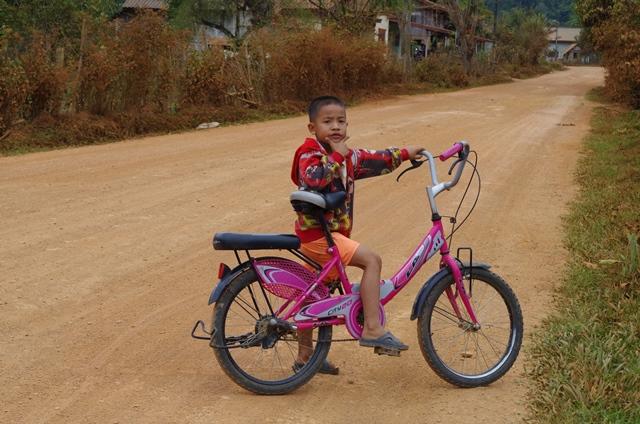 Enfant Laos