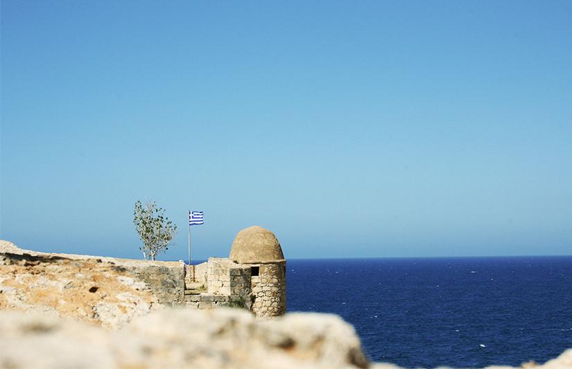 Vue sur la mer Méditerranée depuis le rempart nord de la Fortezza de Rethymnon ©Magali Renard / Le Bar à Voyages