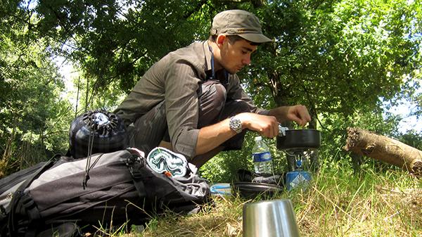 Marc en mode camping gaz ©Spicerabbits