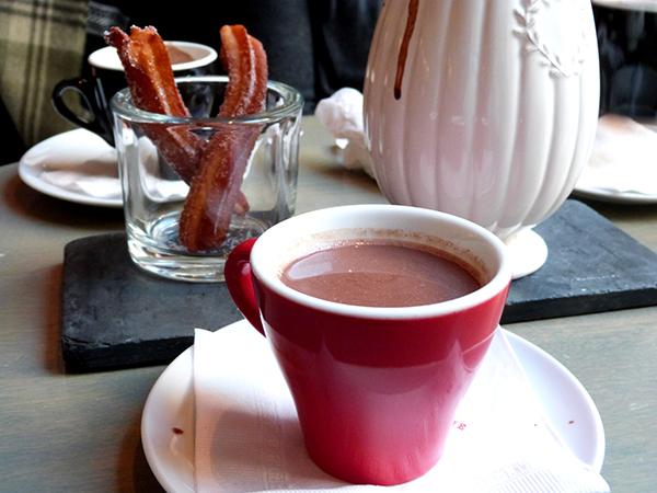 Chocolat chaud + churros =