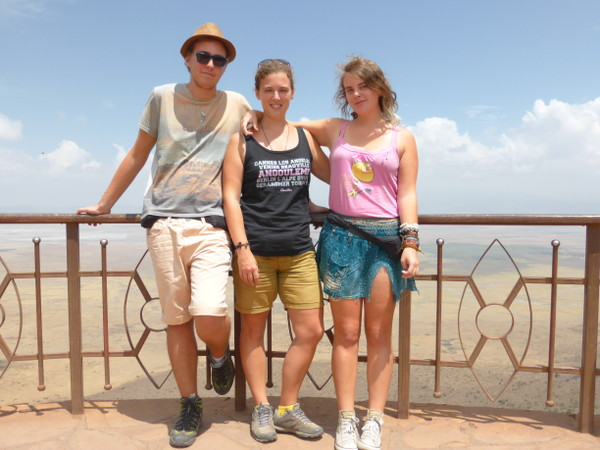 Cendrine-Sarah-Mathieu-Tanzanie-WhyNotTDM-blog-bar-a-voyages