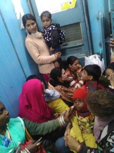 Wagon des femmes dans le train en Inde