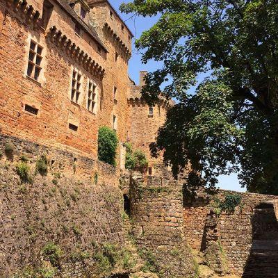 Une autre vue du château de Castelnau-Bretenoux