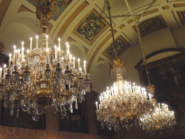 lustres palais royal - blog Bar à Voyages