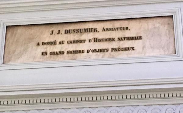 Plaque en marbre avec le nom d'un donateur