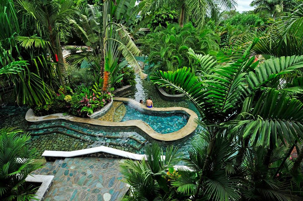 Les sources chaudes, incontournables lors d'un voyage au Costa Rica