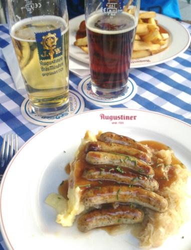 Manger à Berlin les saucisses de Nüremberg et leur accompagnement