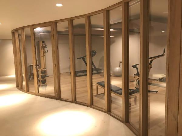 Salle de fitness à l'hôtel Les Hortensias du Lac