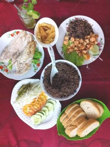 repas dans une casa particular lors de mon séjour de 4 jours à La Havane