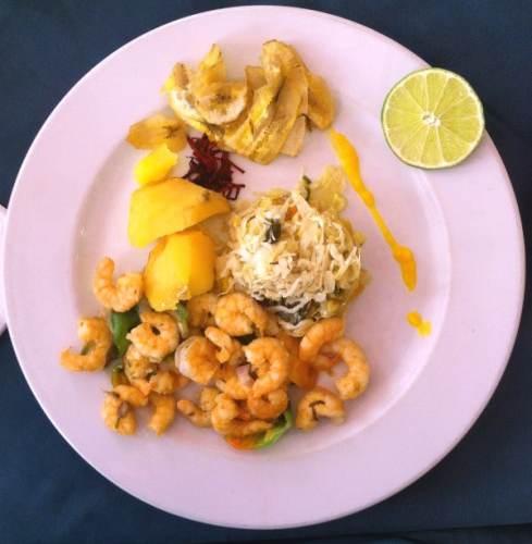 Assiette de nourriture au restaurant L'Europa à La Havane