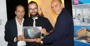 Luigi Catini e Francesco Cacopardo premiano Alvaro Pagnanelli