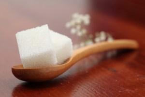 Lo zucchero è al centro di nuovi studi a causa dei danni che provocherebbe all'organismo