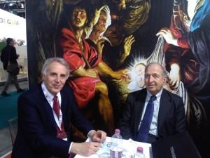 Il Direttore di Tipicità Angelo Serri con il giornalista Rai Vecchiarutti, durante la presentazione di Tipicità alla Bit di Milano