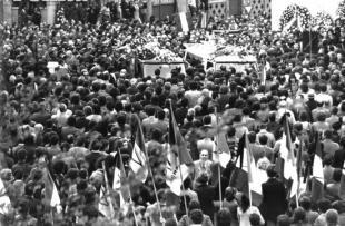 Il funerale dei fratelli Mattei