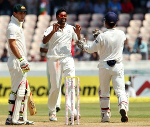Ravi Ashwin (centre) again undermined Australia's batting with a five-wicket haul.