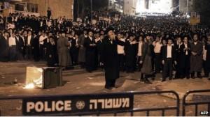 Ultra-Orthodox Jews protesting.