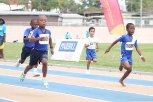 West Terrace's Joshua Moore held off stiff competition from Eden Lodge's Ramario Johnson to win the U-7 50m.