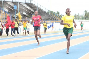 Myklah Hoyte of Howard House won the under-17 girls' 400M just ahead of under-17 division champion Akeila Murray.
