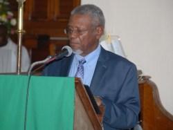 Dr Oscar Jordan delivers the eulogy  at Dr Bannister's funeral service.