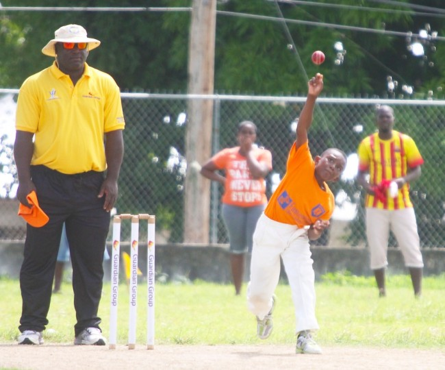 Jadon Yarde  captured four wickets with his medium pace to help Bayley's Primary reach the semi-final round. (Pictures by Morissa Lindsay)