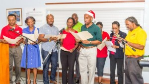 Staff of the Campus IT Services serenaded the students with a medley of carols.