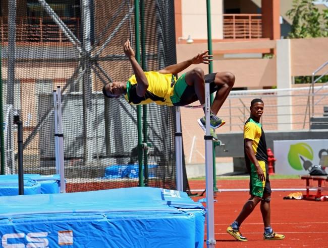 JamaicanXjumpersXtestingXtheXhighXbar.