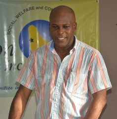 St James North MP Edmund Hinkson addressing young constituents.