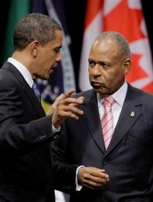 Here, US President Barack Obama has the full attention of Trinidad and Tobago's Patrick Manning.