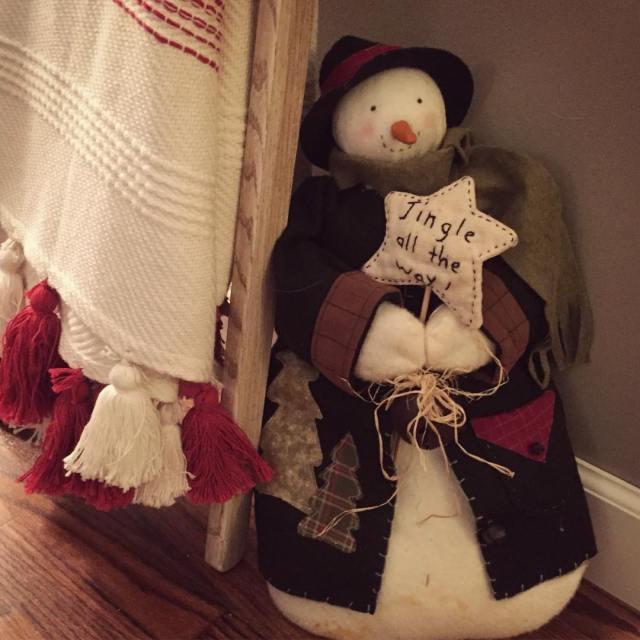 Im wishing for snow!! barbanndesigns maker snowman etsyseller christmasdecorations