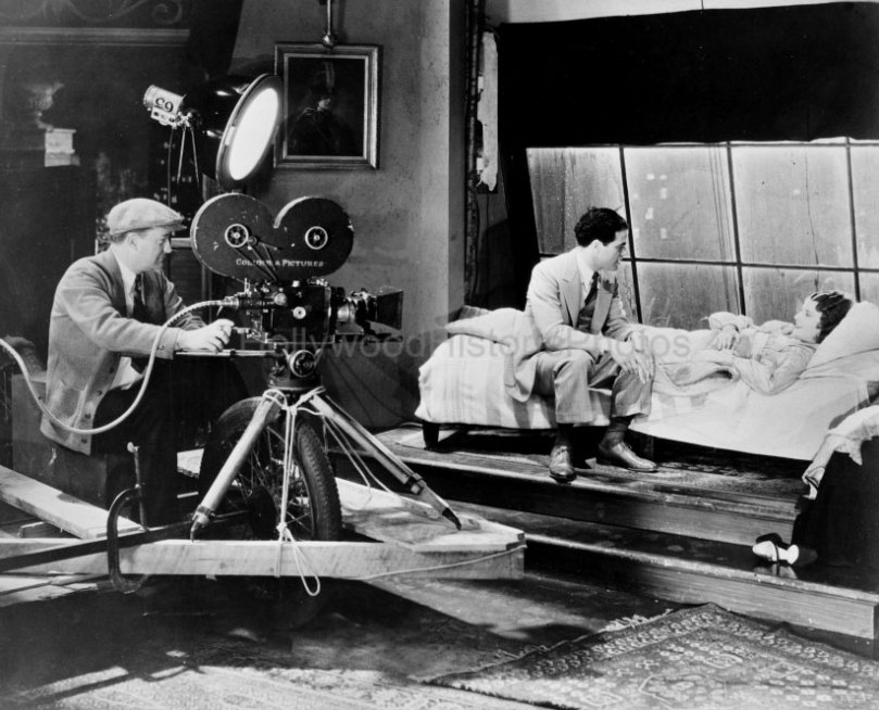 Stanwyck-and-Frank-Capra-on-the-Set-of-Ladies-of-Leisure