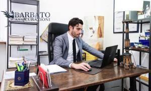 amedeo barbato in ufficio