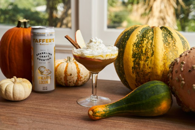 Taffer's Mixologist Sparkling Pumpkin Pineapple cocktail recipe