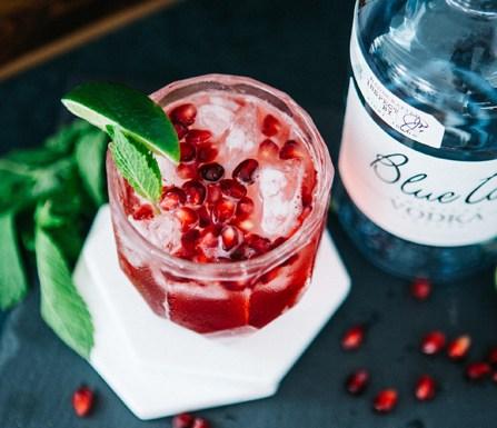 Pomegranate Fizz cocktail recipe