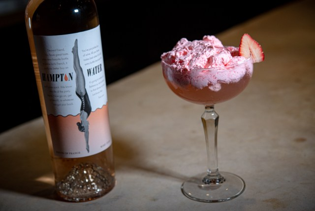 The Daisy Rosé Berry Merry cocktail recipe