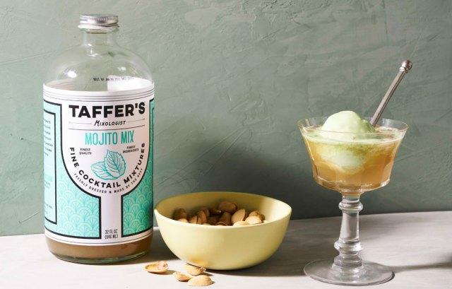 Shamrock Sipper cocktail recipe
