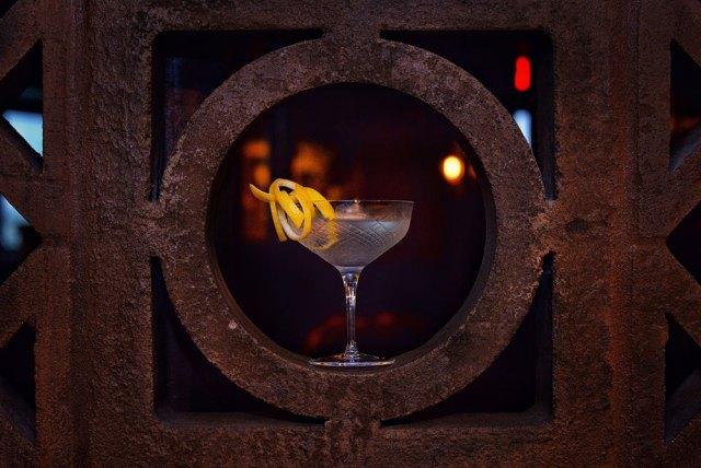 the esquire tavern freezer martini cocktail recipe