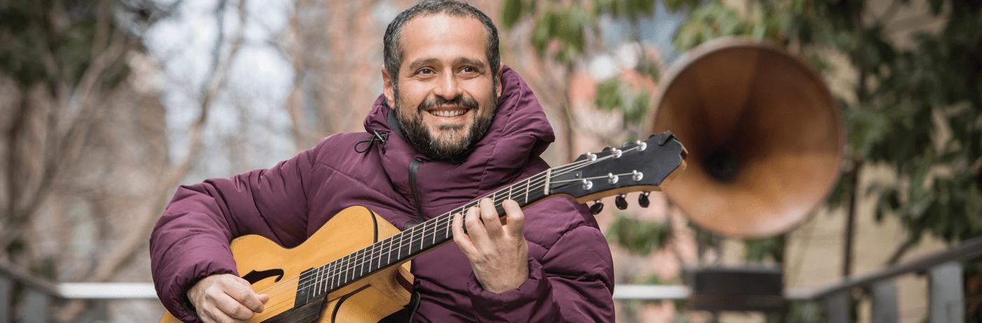 Pedro Barboza Guitarrista y Compositor