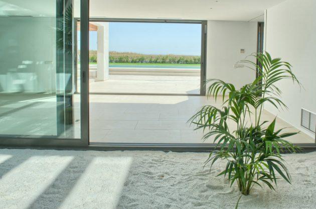 Casa minimalista Pals