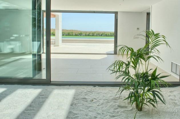 Pals minimalist house