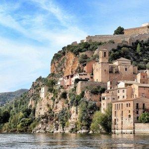 miravet-terres-de-lebre-catalunya-turisme-ribera-riu-FILEminimizer