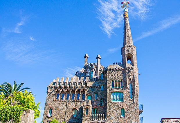 Torre Bellesguard  Una attrazione occulta di Gaud