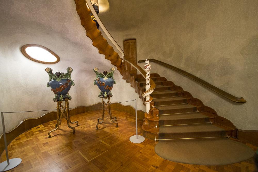 Casa Batll la Facciata di Gaud il Tetto e gli Interni