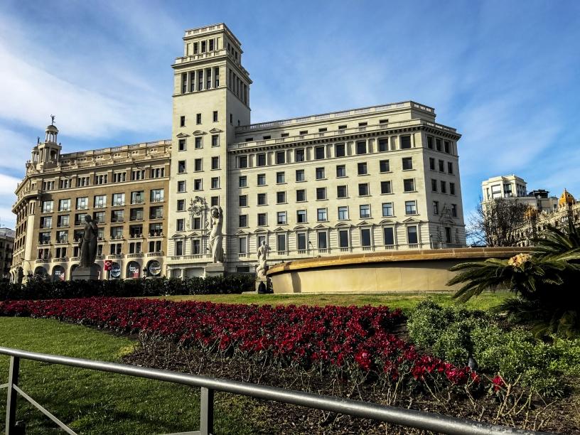 Plaa de Catalunya  Tourist information