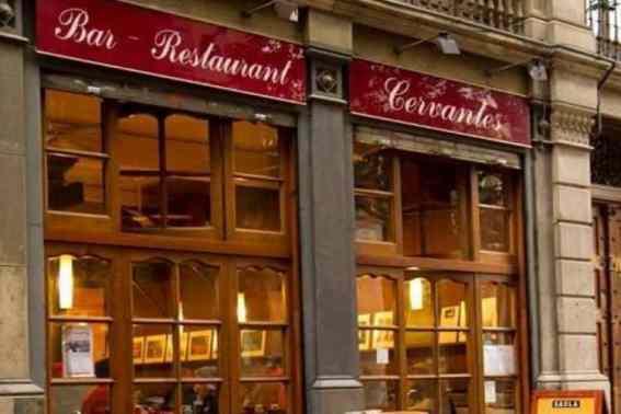 Buitenkant van bar Cervantes