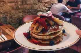 Pancakes met aardbeien Cremat 11
